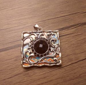 Vintage necklace pendant flower medley